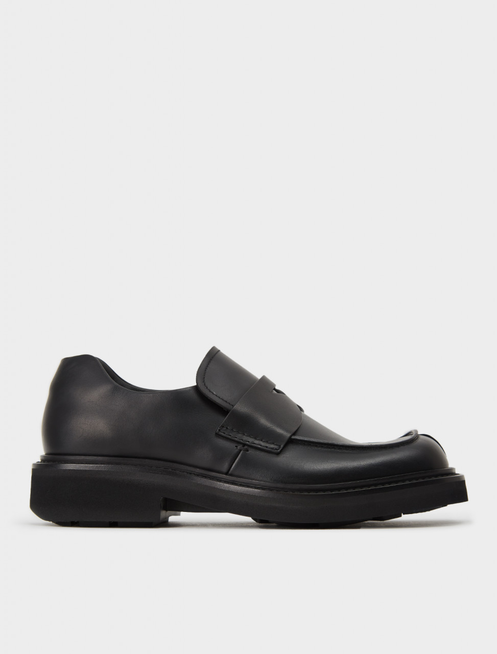 242-2DG110-LO9-F0002 PRADA BLOCK SOLE LOAFER IN BLACK