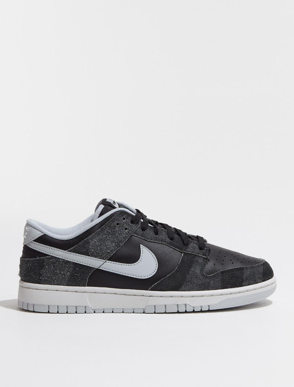 DH7913-001 Nike Dunk Low Animal Pack 'Zebra' Sneaker in Black