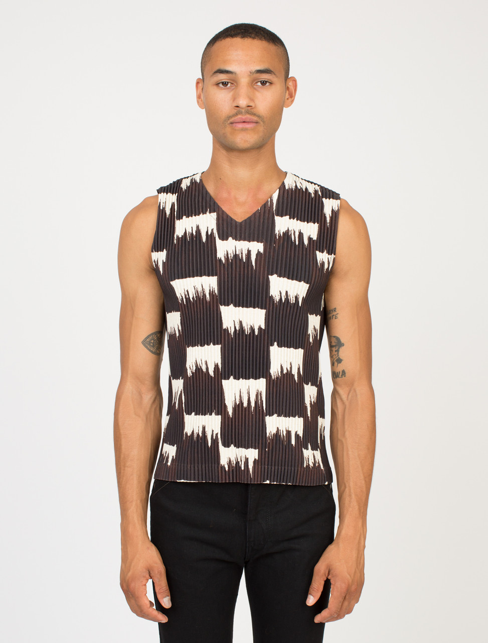 Pleated Patterned Vest
