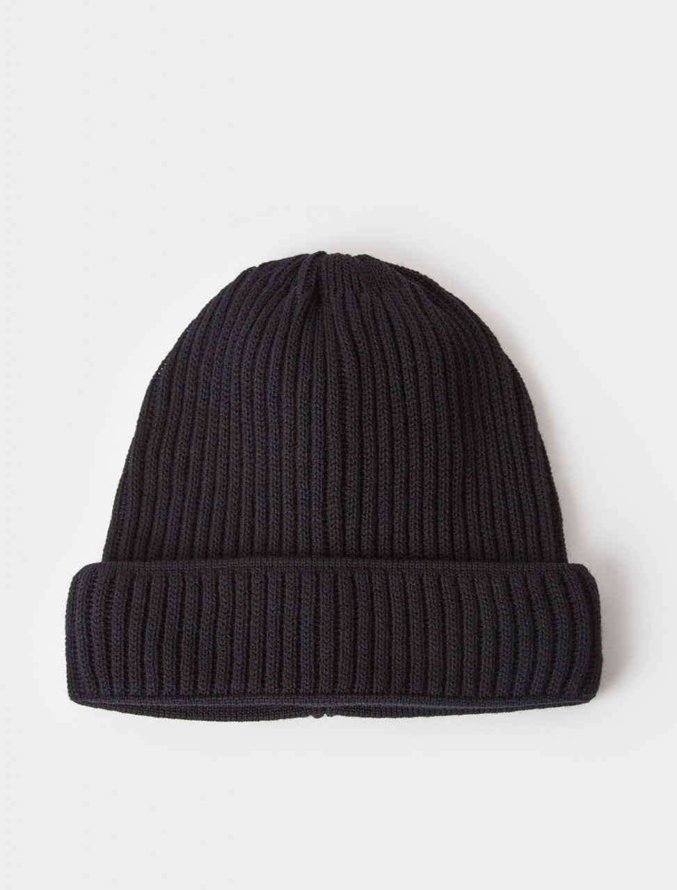 333200 ALASKA RIBBED KNIT BEANIE BLACK