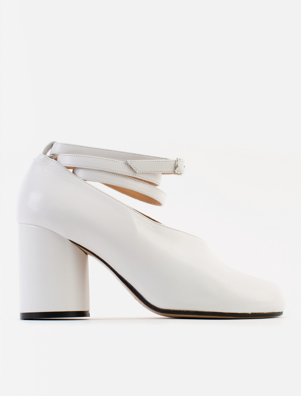 Tabi Court Shoe