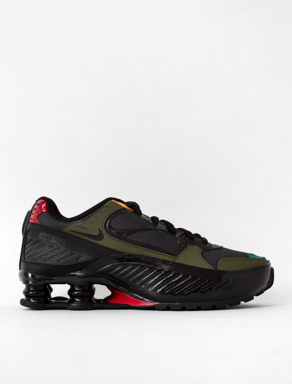 W Shox Enigma Sneaker