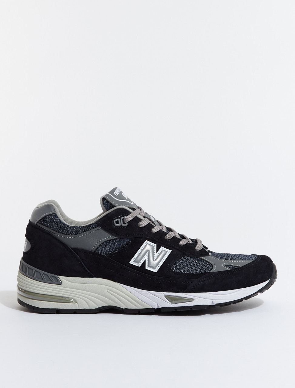 527631-60-10 NEW BALANCE M991 in Navy Blue