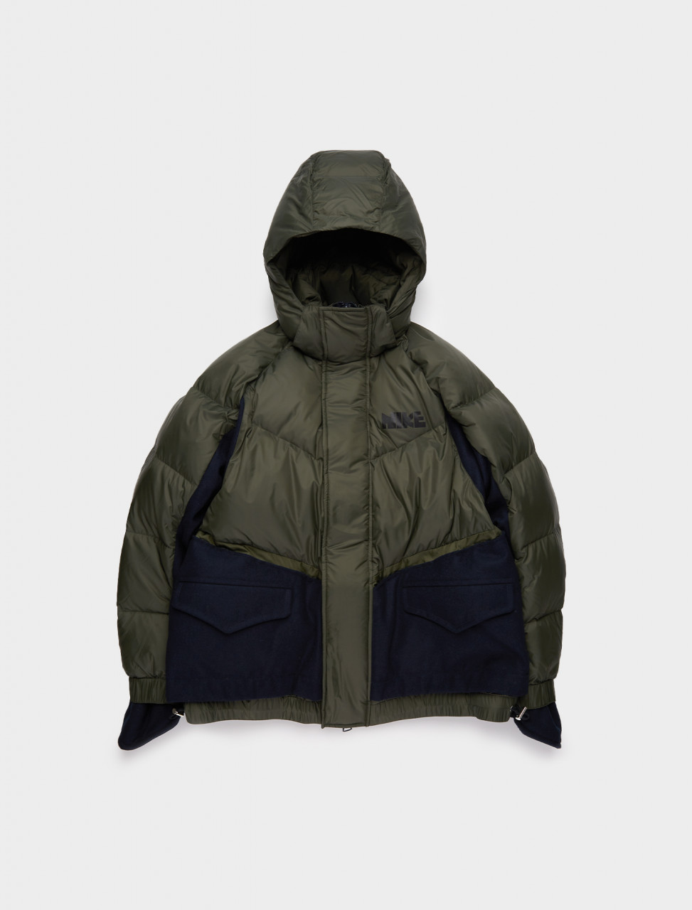 149-CT3269-355 NIKE SACAI PUFFER JACKET SEQUOIA