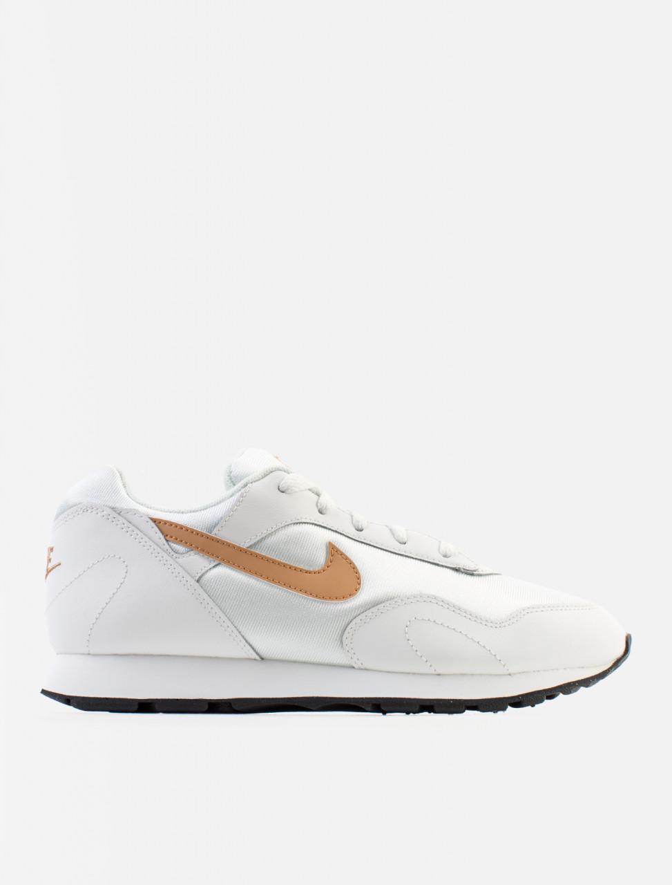 W Outburst Sneaker