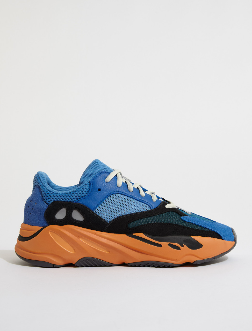 GZ0541 ADIDAS YEEZY BOOST 700 BRIGHT BLUE 1
