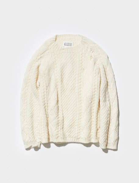 S50GP0252_S17833_102 MAISON MARGIELA KNITTED SWEATER IN OFF WHITE