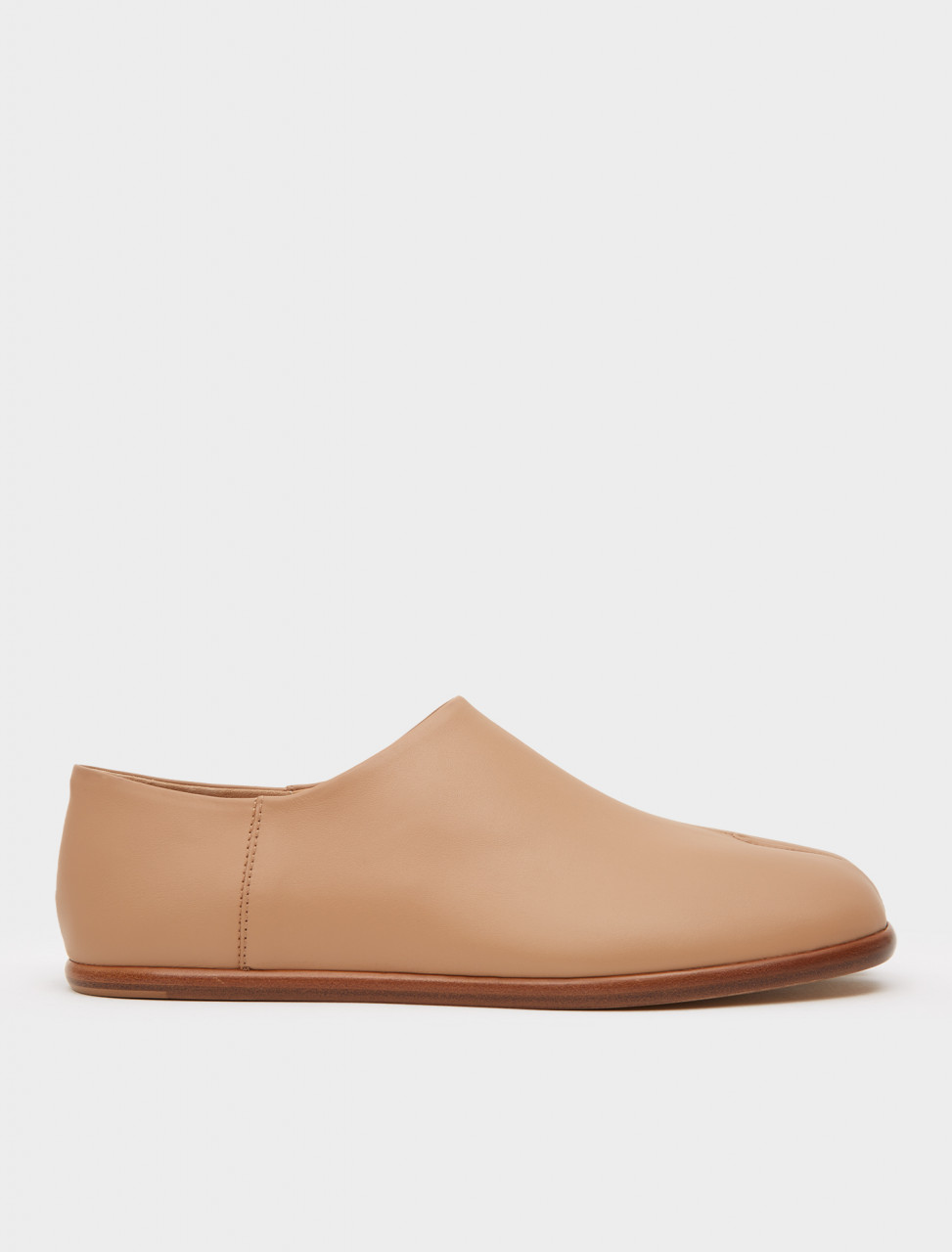 256-S57WR0051-PR516-T9004 MAISON MARGIELA TABI LEATHER SLIP ON NUDE