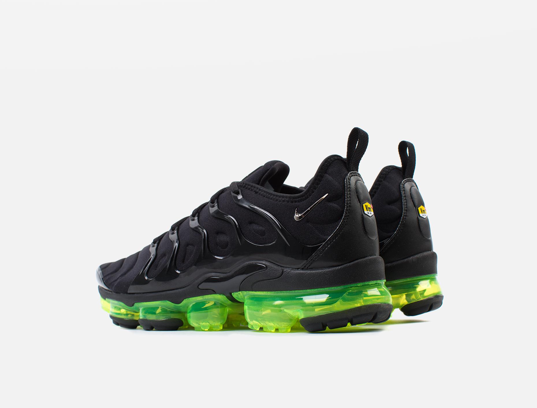 571982d281 Nike Air VaporMax Plus Sneaker   Voo Store Berlin   Worldwide Shipping