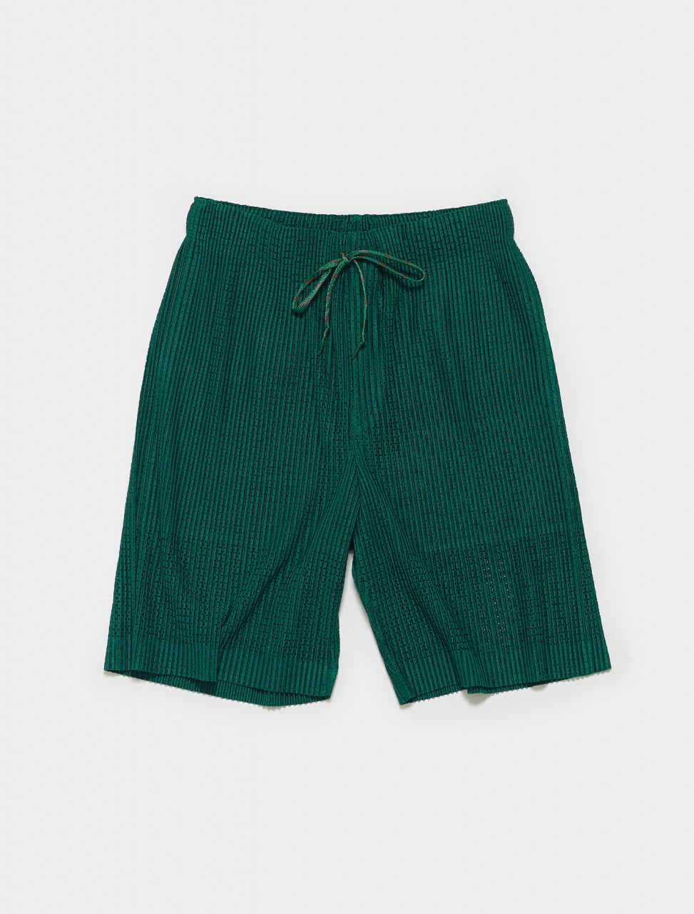 HP16JF142-62 HOMME PLISSE ISSEY MIYAKE PLEATED SHORTS IN GREEN