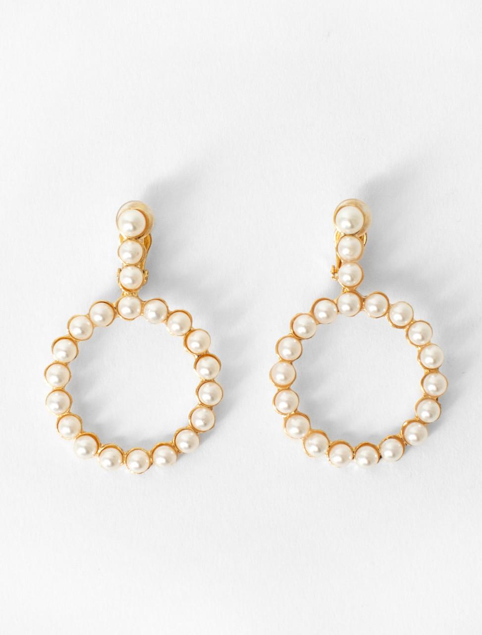 Deva Clip on Pearl Circle Earring