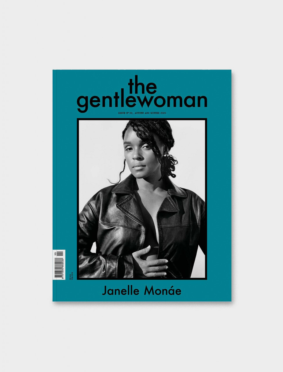 977187986903622 THE GENTLEWOMAN 22