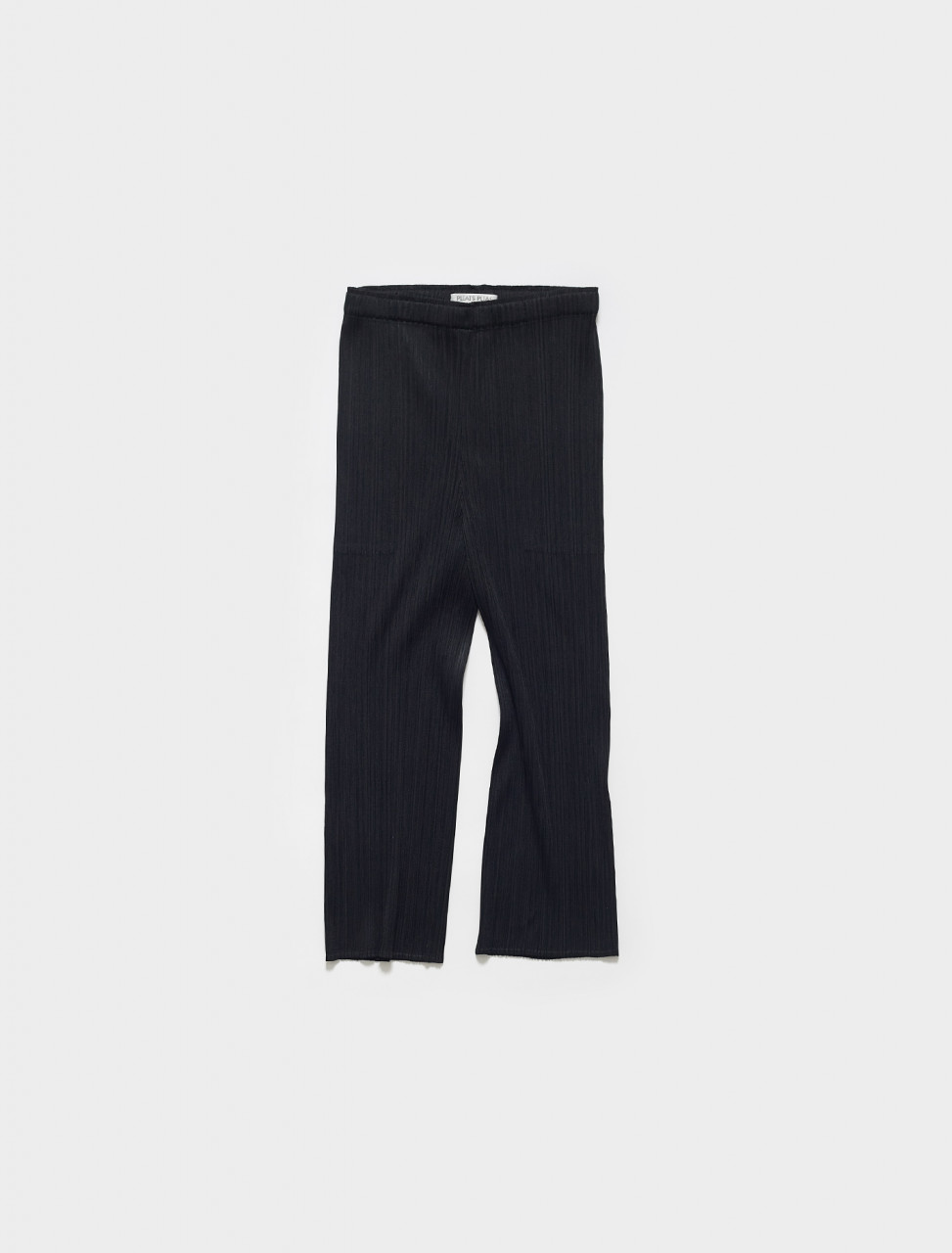 PP16JF110-15 PLEATS PLEASE ISSEY MIYAKE CROPPED PLEATED TROUSERS IN BLACK