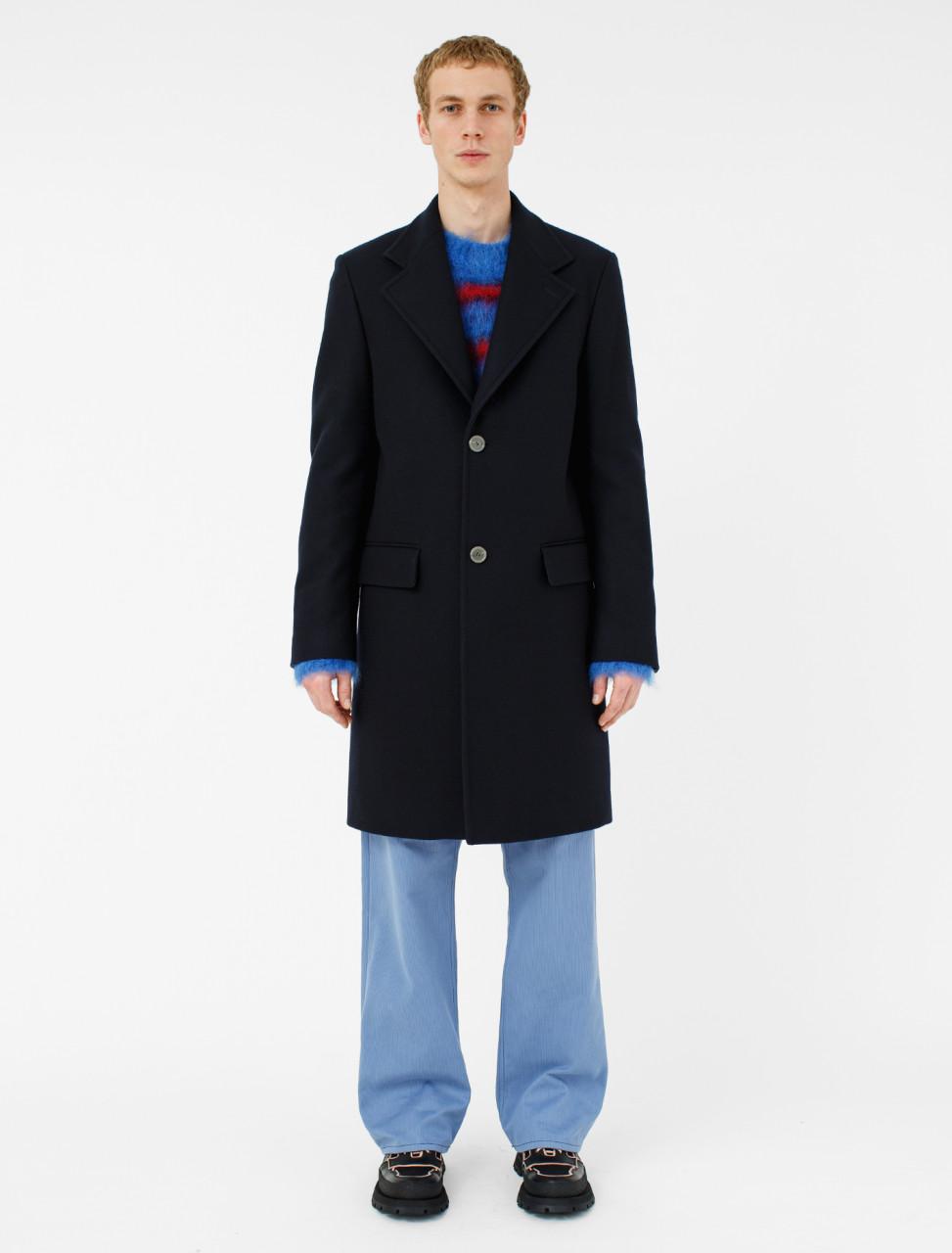 Coat in Blue Navy