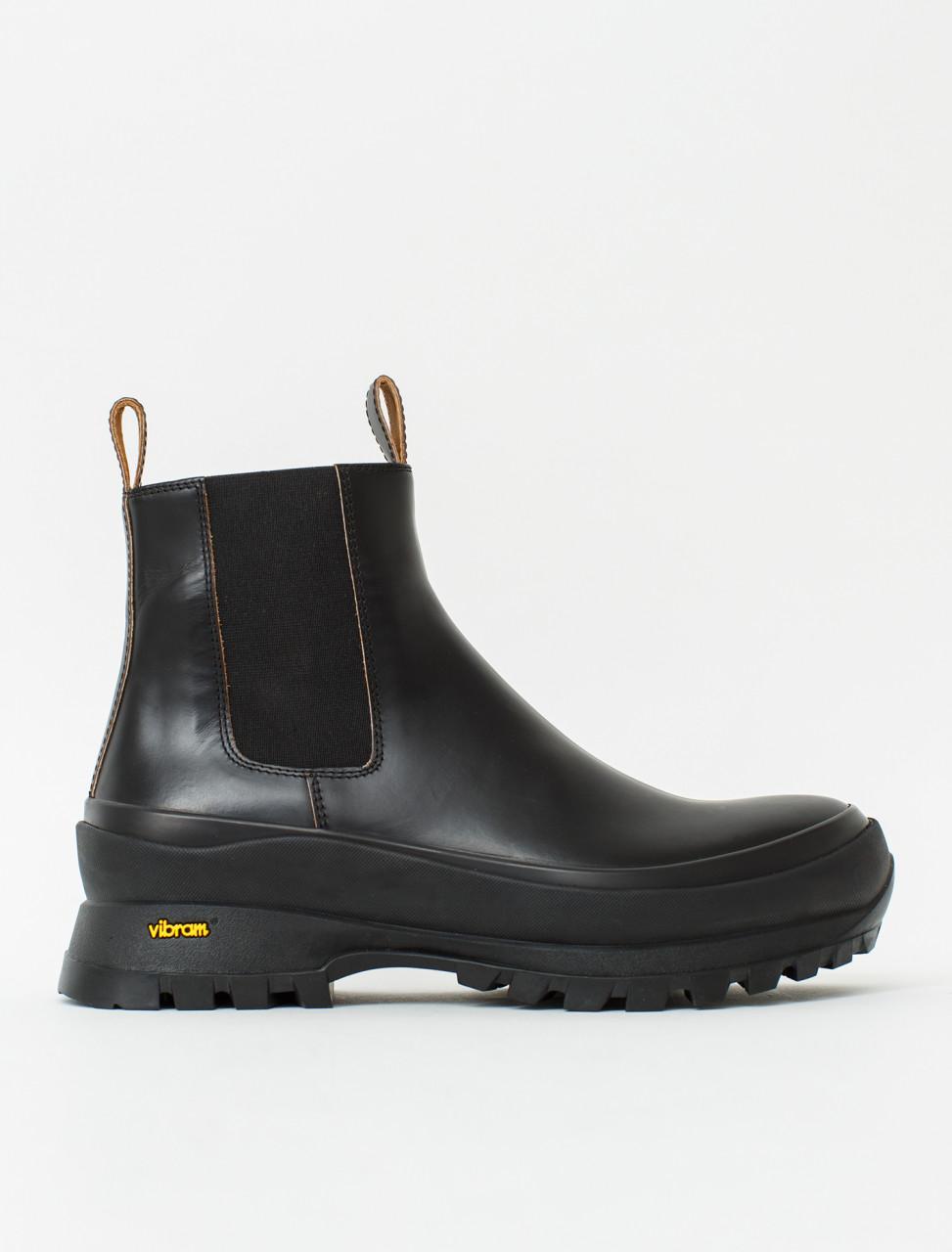 Chelsea Worker Boot in Black