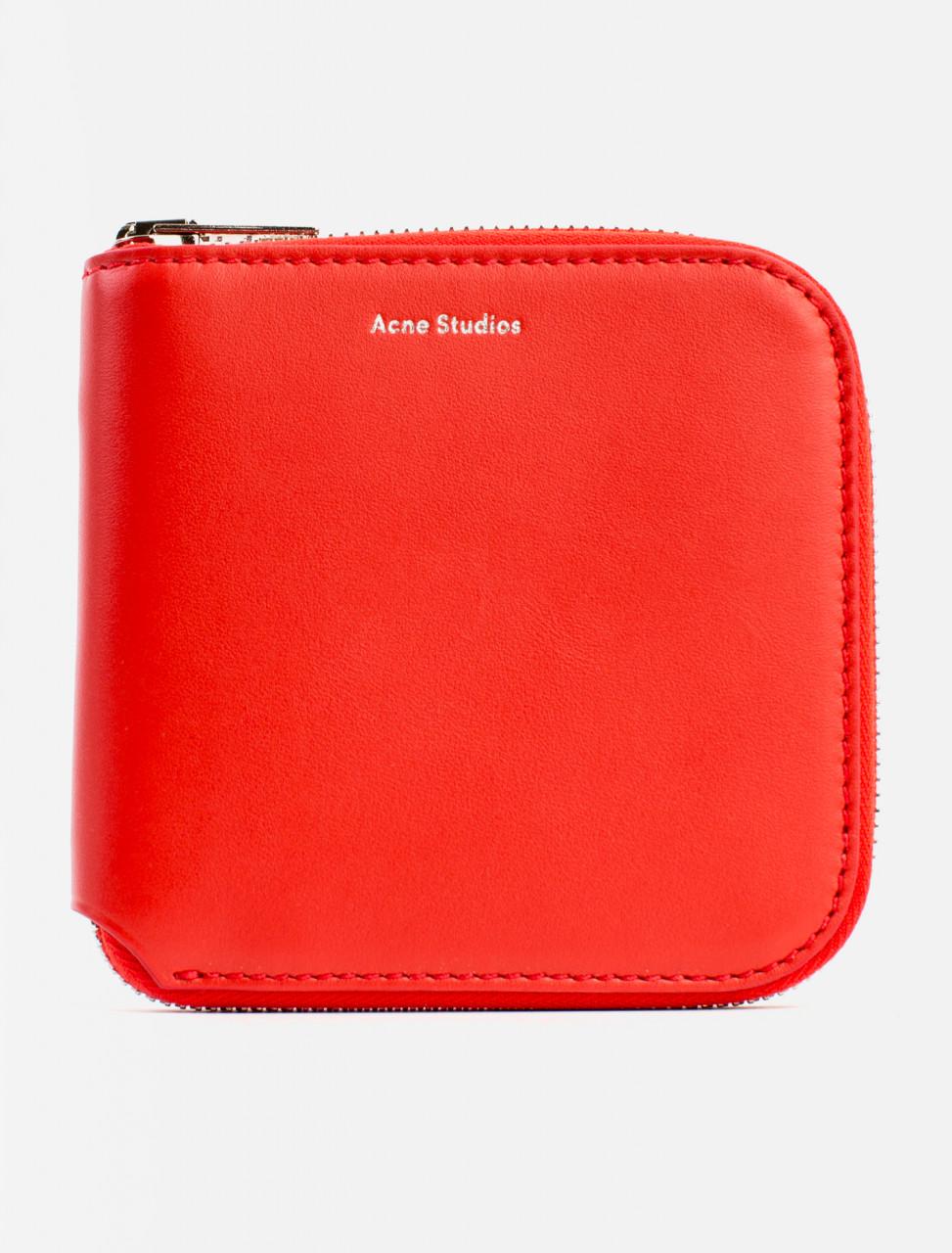 Csarite S Wallet