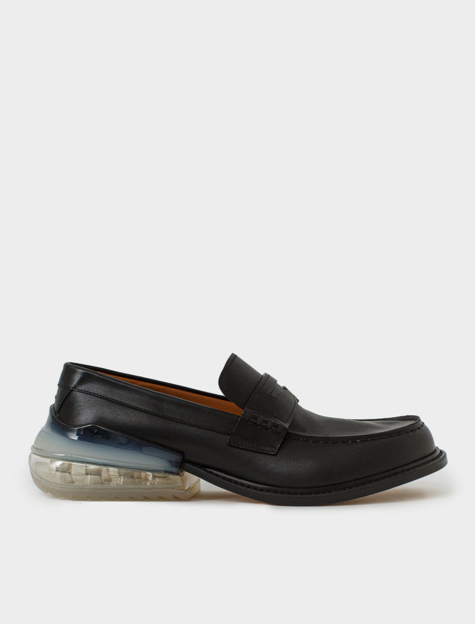 Airbag Heel Loafer in Black