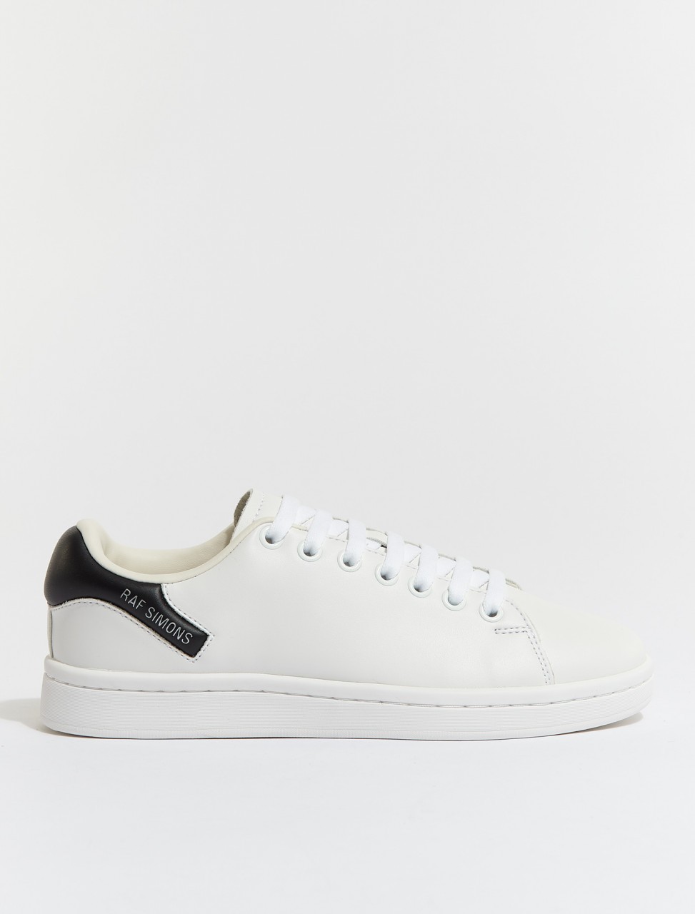 HR760001S-0062 RAF SIMONS RUNNER ORION WHITE BLACK