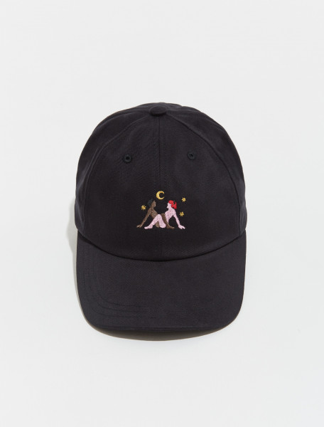 AW21CP03 BLACK CARNE BOLLENTE MOONLIGHT FRICTIONS CAP IN BLACK