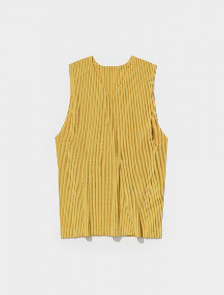 HP18JK112 51 ISSEY MIYAKE PLEATED VEST IN GOLD YELLOW