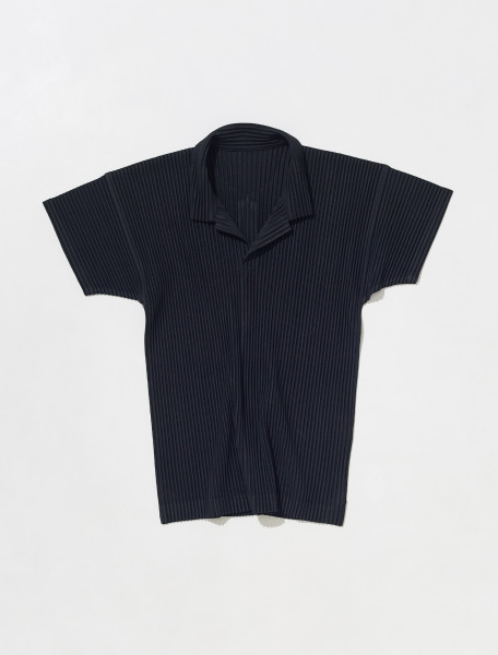 HP18JM030 15 HOMME PLISSÉ ISSEY MIYAKE PLEATED POLO IN BLACK