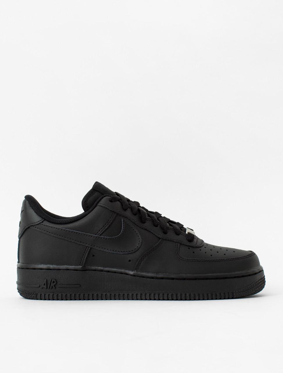 Air Force 1 '07 Sneaker in Black