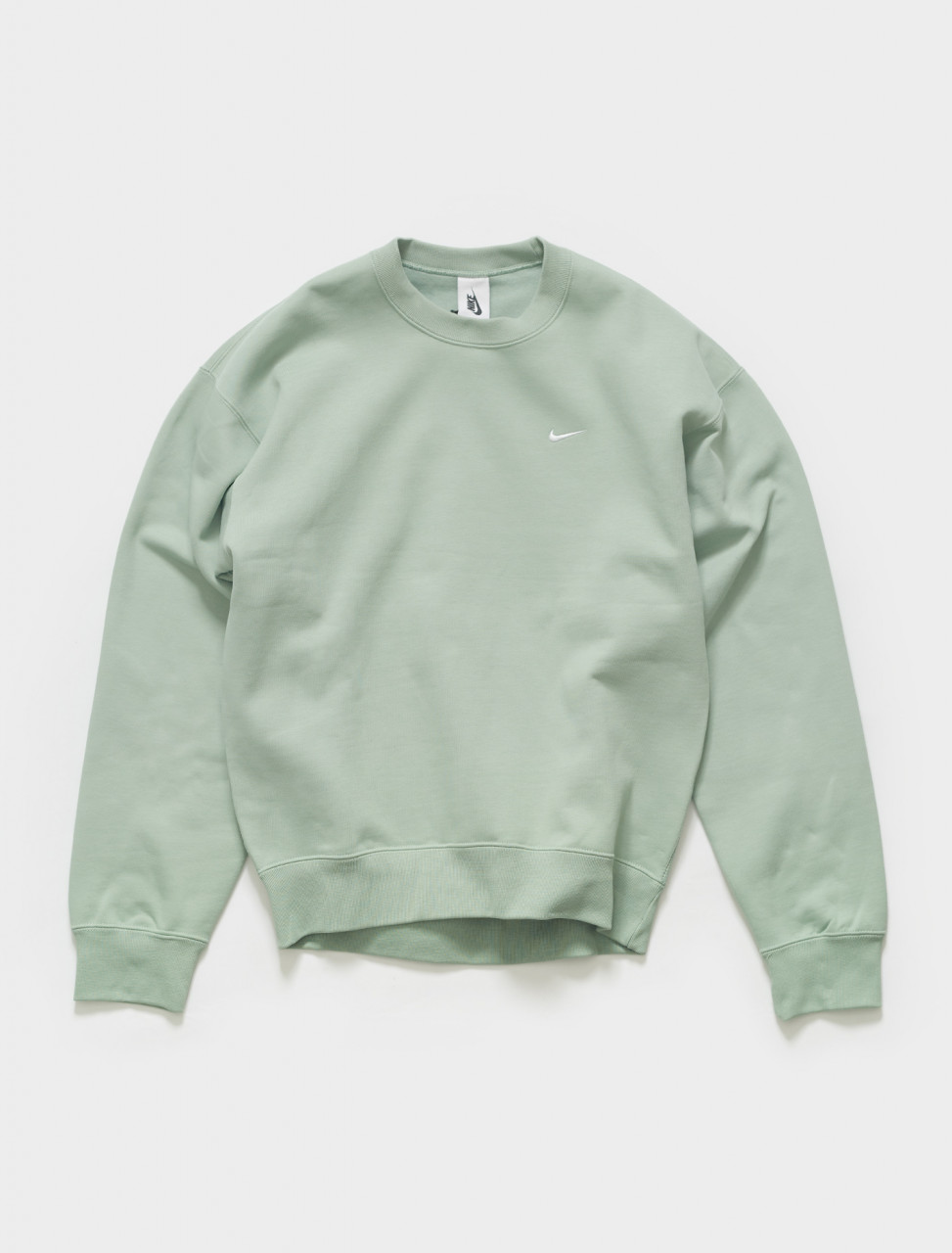 CV0554-006 NIKE NRG SOLO SWOOSH CREWNECK FLEECE IN STEAM WHITE