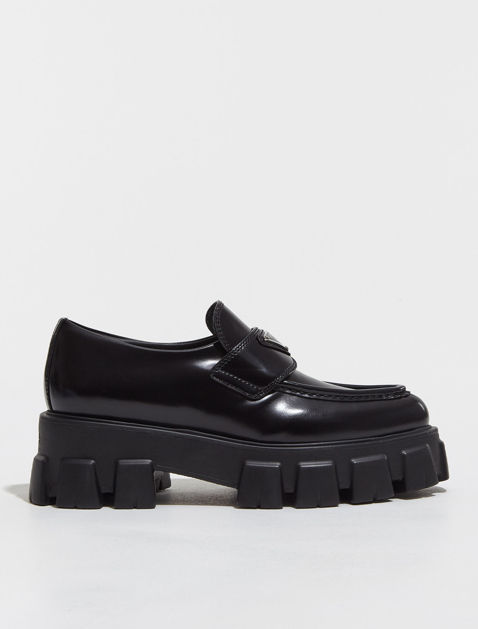 1D663M_055_F0002 PRADA MONOLITH BRUSHED LEATHER POINTED LOAFERS IN BLACK
