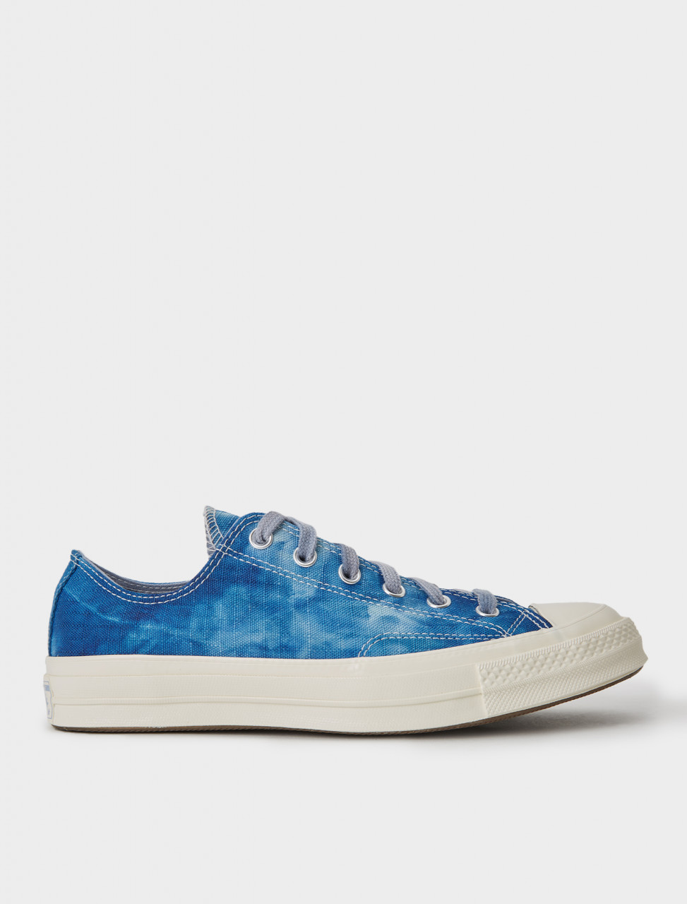 "Converse Chuck 70 Low Sneaker in Court Blue Tie-Dye ""Twisted Summer"""