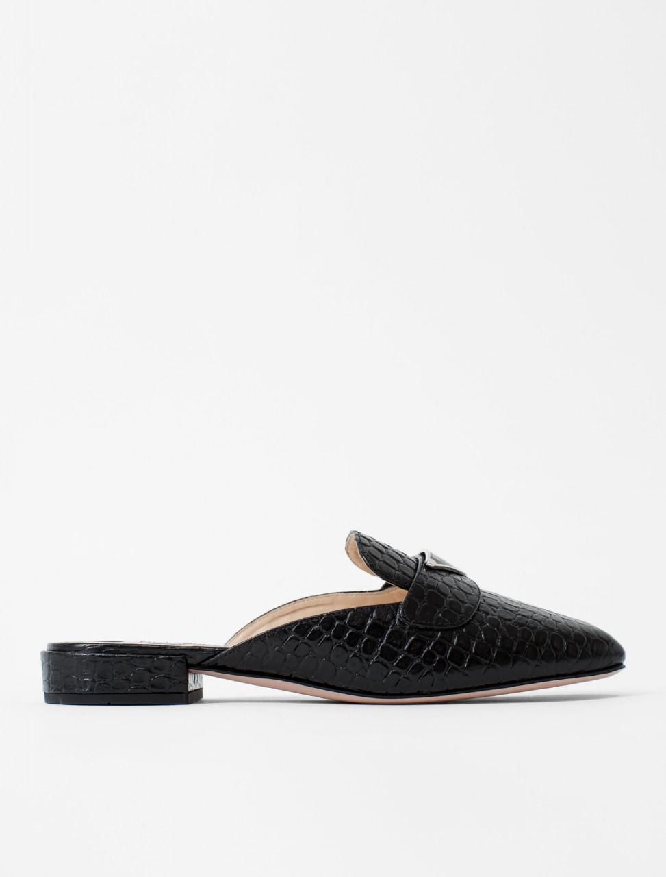 Open-Heel Shoe