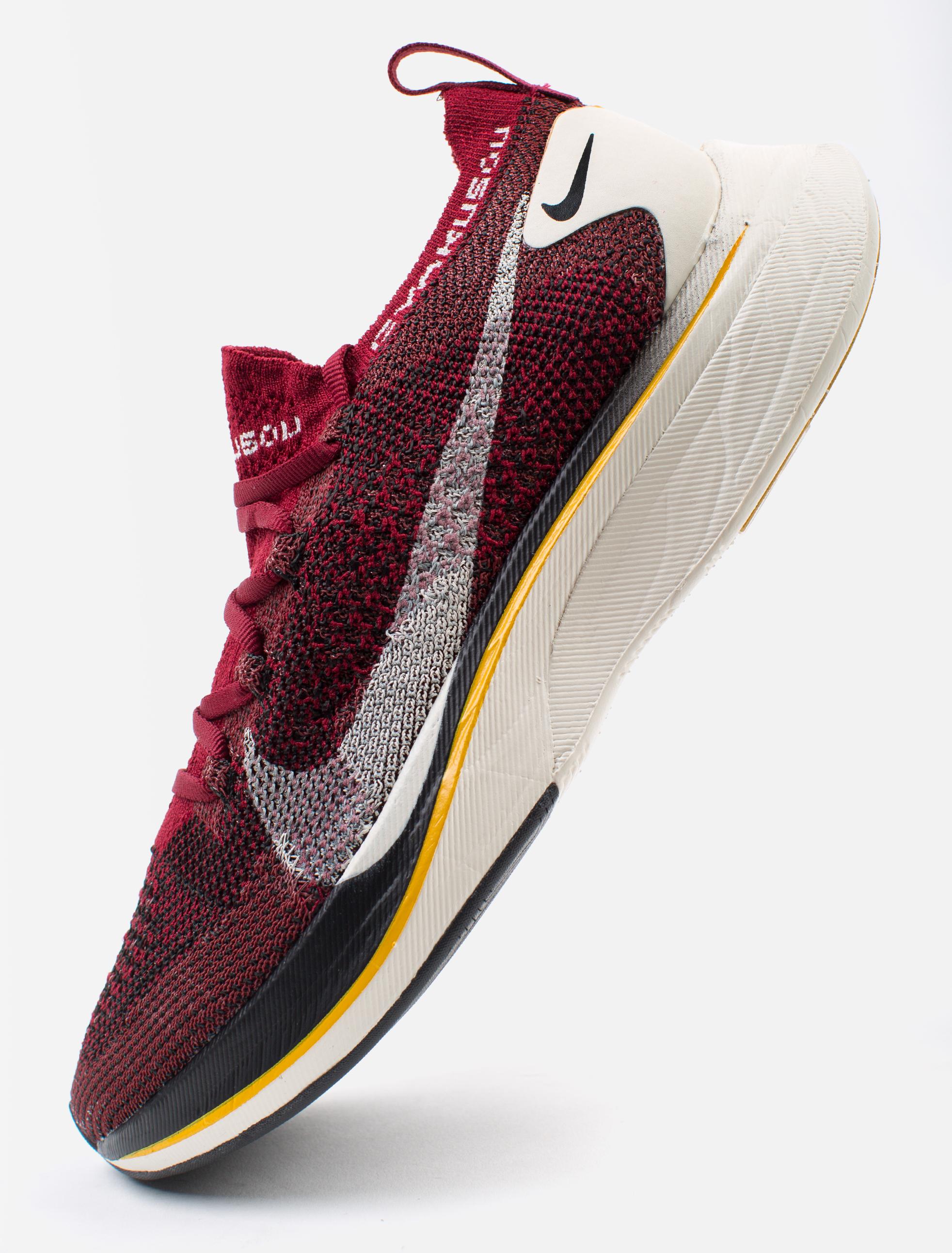 ... Preview  x Gyakusou Vaporfly 4% Flyknit Sneaker ... 5f1479d5d
