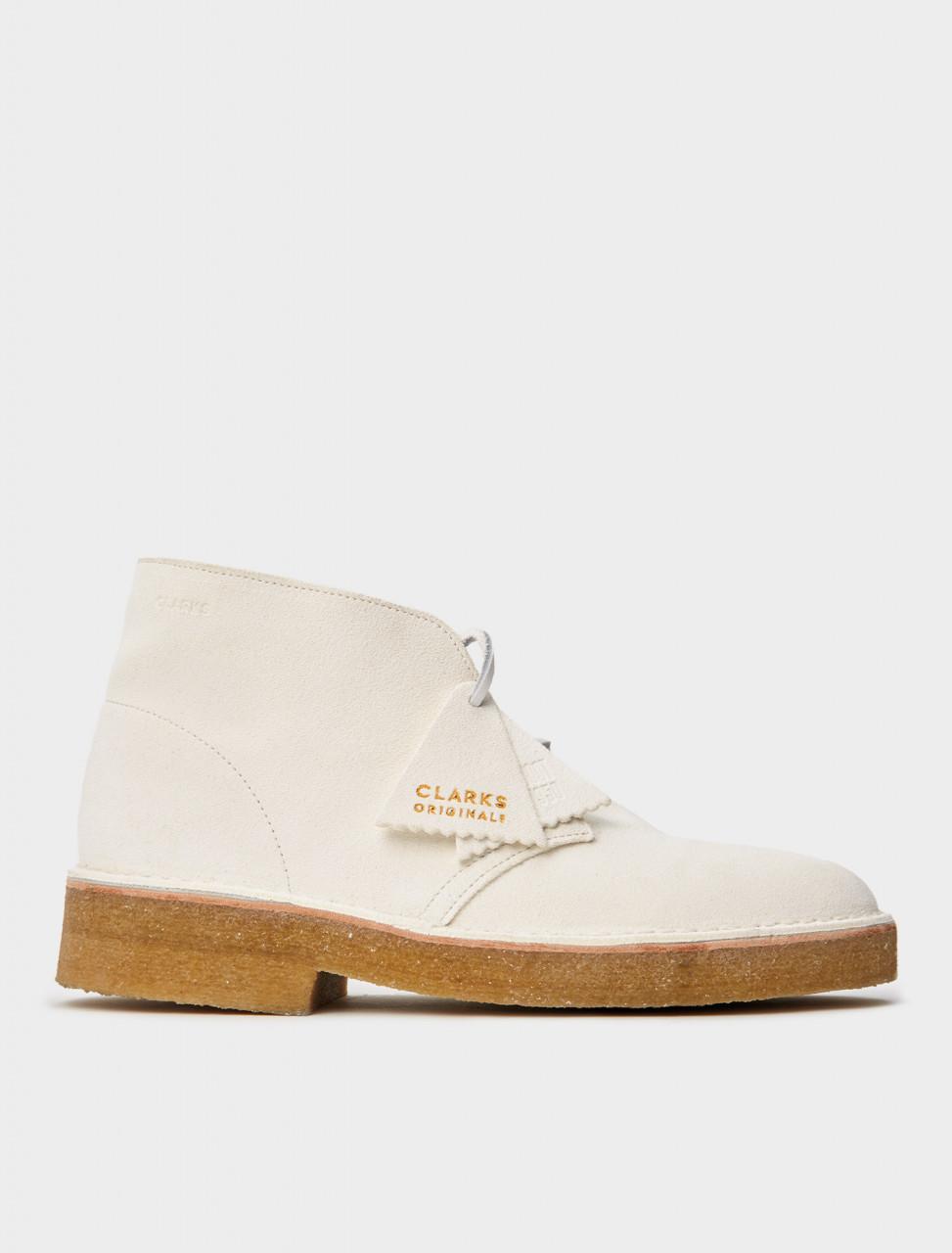 334-26155608 CLARKS Desert Boot 221 White Suede