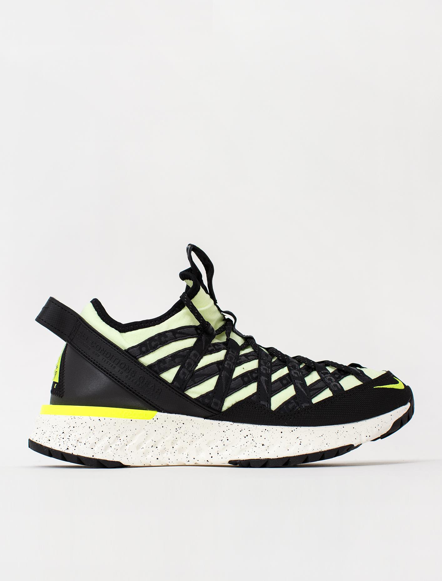 Nike ACG React Terra Gobe Sneaker | Voo
