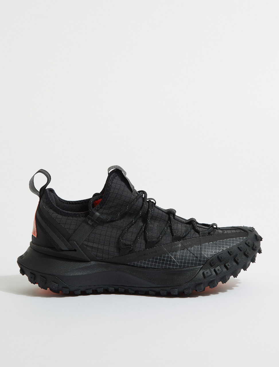 DA5424-001 NIKE ACG MOUNTAIN FLY LOW IN ANTHRACITE & BLACK