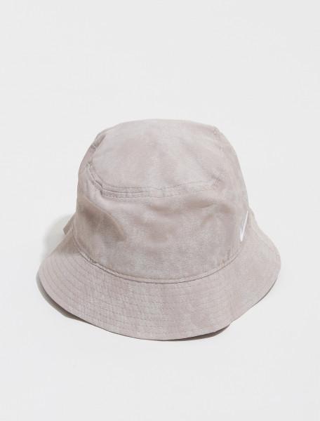 DM8518 245 NIKE NRG SOLO SWOOSH BUCKET HAT IN MALT