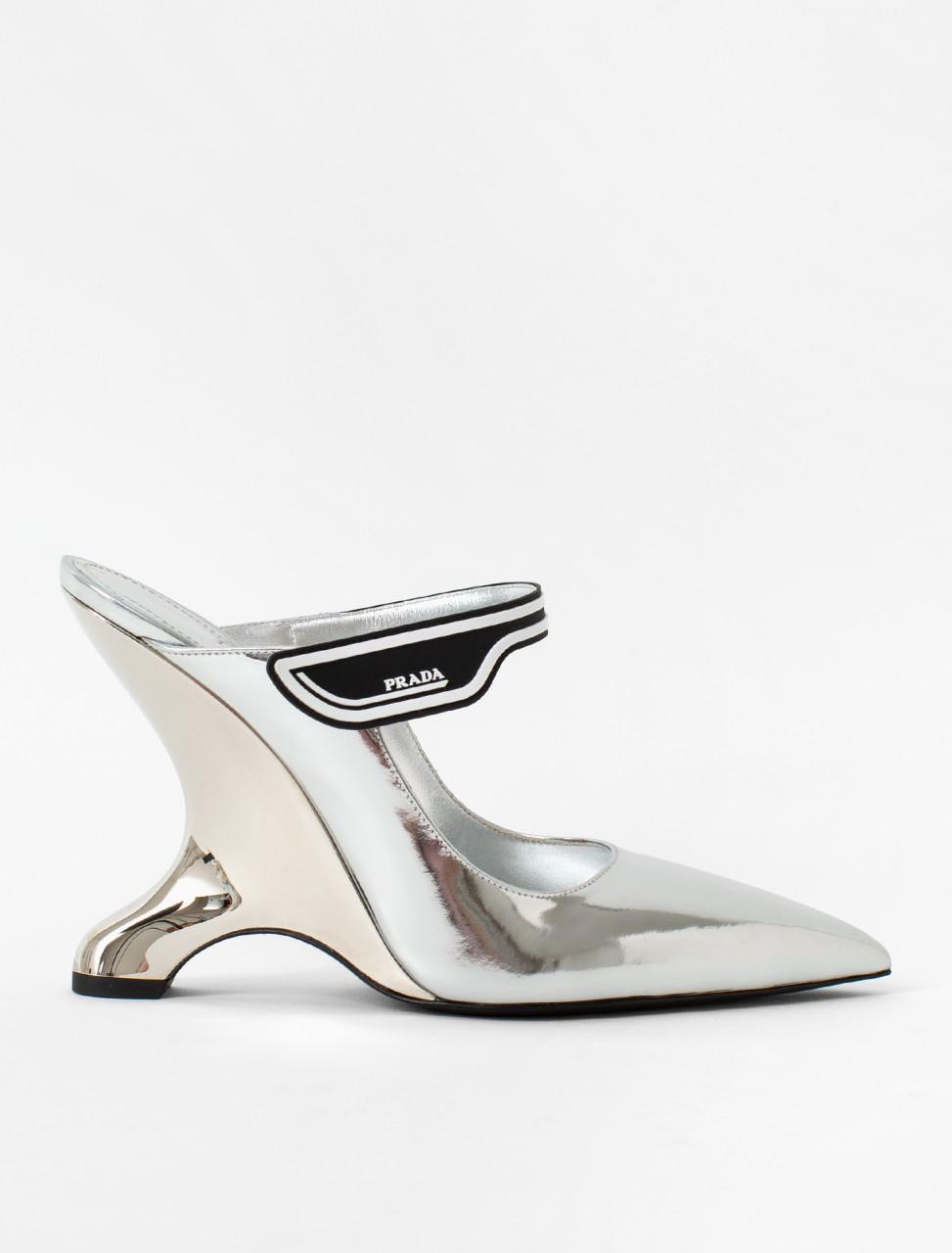 Metallic Leather Heel in Silver