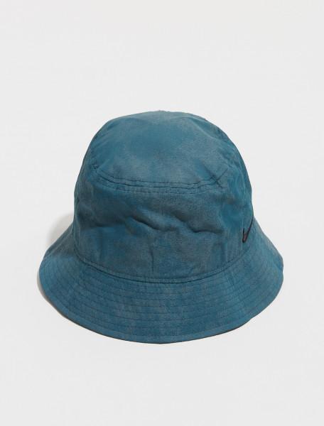 DM8518 387 NIKE NRG SOLO SWOOSH BUCKET HAT IN HASTA