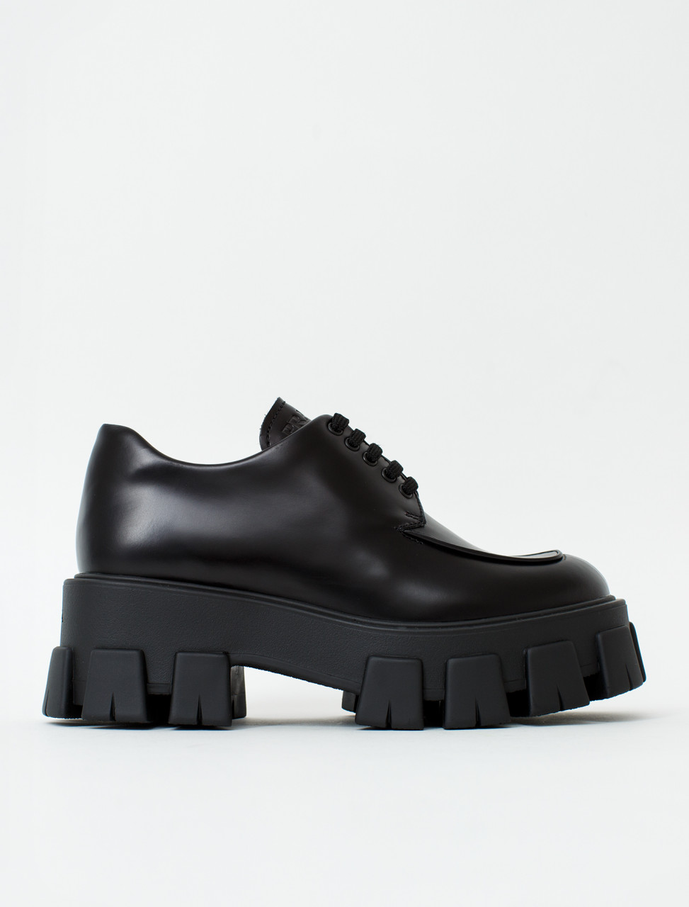 Lace Up Shoe in Brushed Leather