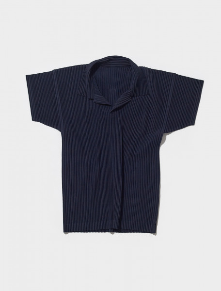 HP19JM030 75 HOMME PLISSÉ ISSEY MIYAKE PLEATED POLO IN NAVY
