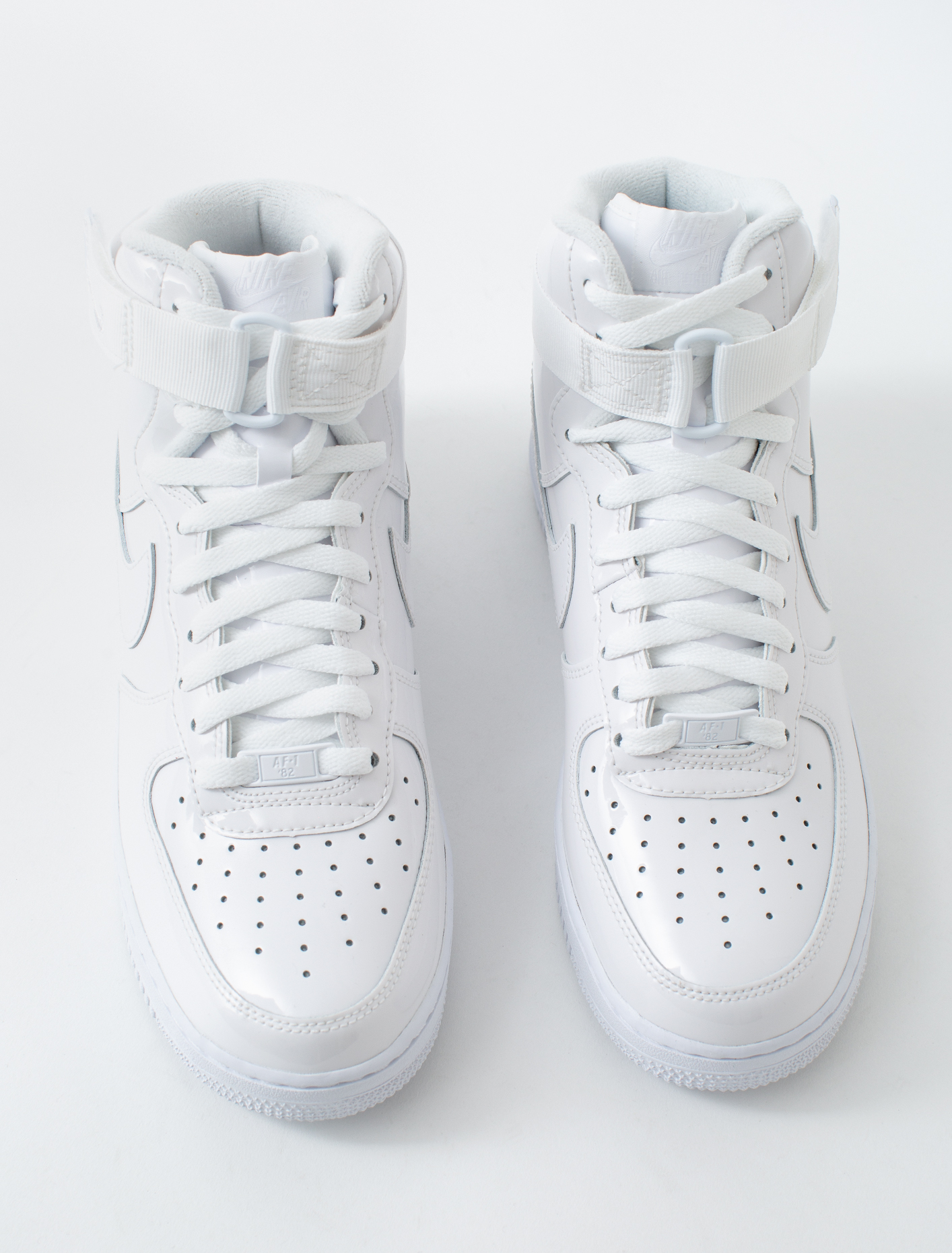 Nike Air Force 1 High Retro QS in weiss 743546 107 | everysize