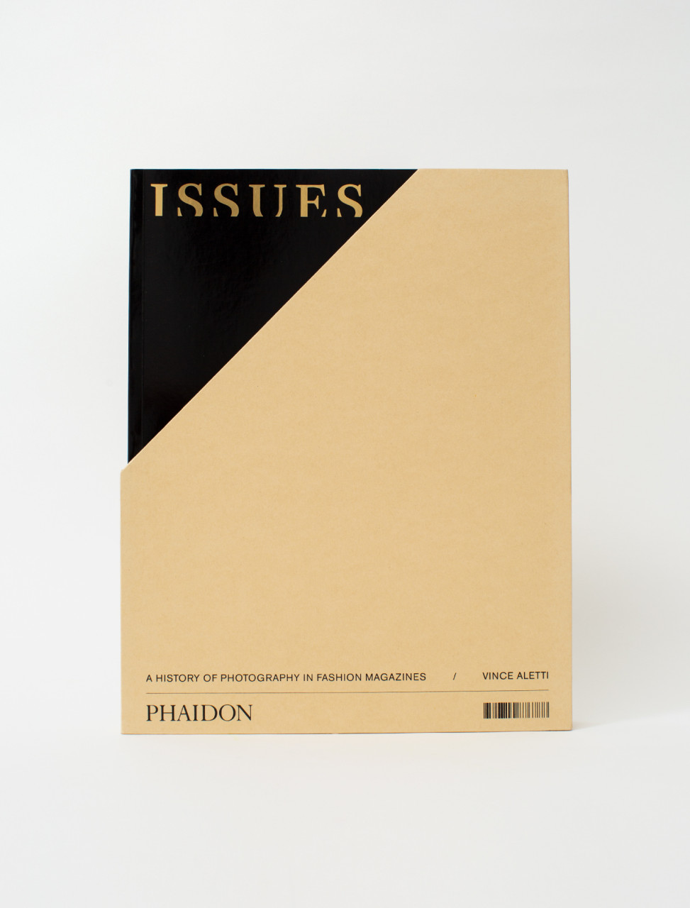 Issues - A History of Photography in Fashion Magazines