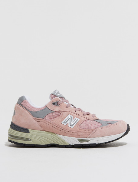 W991PNK NEW BALANCE W 991 'MADE IN ENGLAND' SNEAKER IN PINK
